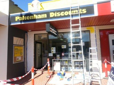 paint exterior commercial shop front pakenham cartridge world dulux painter